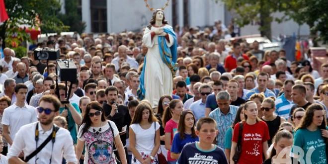 procesija-siroki-081431141-660x330[1]