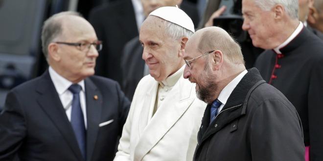 papa franjo strasbourg