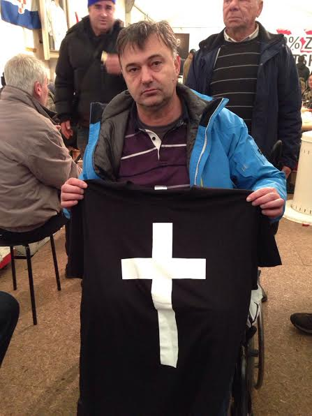 marko križ majica