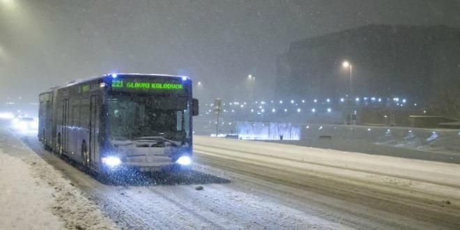 snijeg zagreb bus