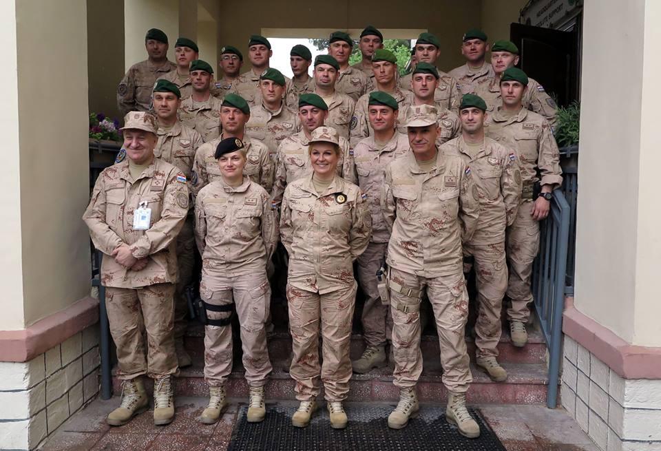 kolinda s vojnicima