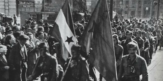 partizani ulaze  Zagreb