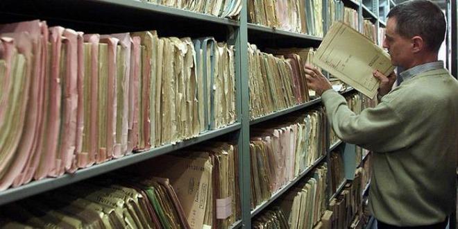 lustracija, dokumenti, arhiv