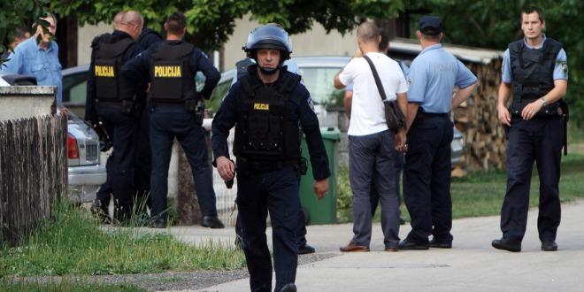 karlovac, policija, očevid ubojstva, 660x 330