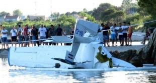 avion u moru