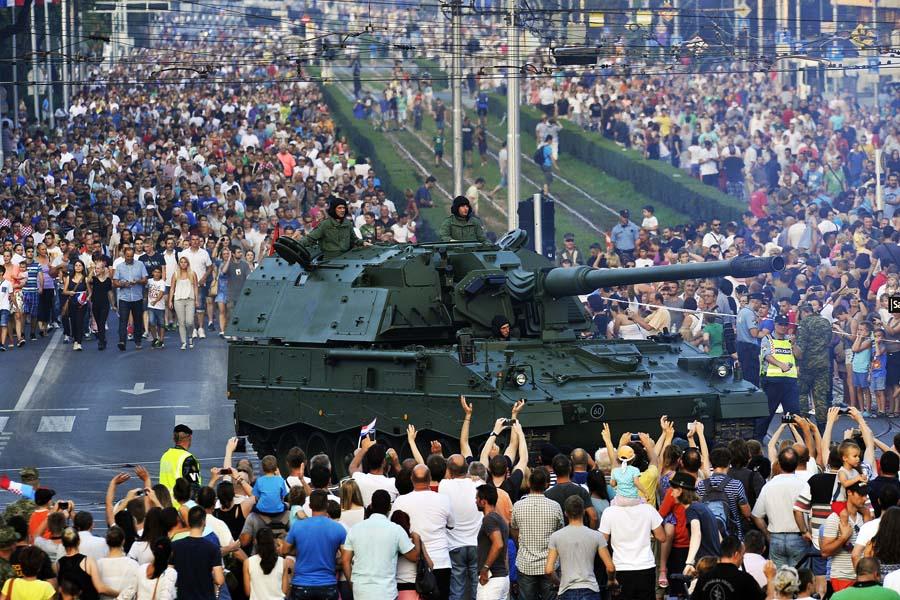 Zagreb, 04.08.2015 - Vojni mimohod povodom proslave Dana pobjede i domovinske zahvalnosti