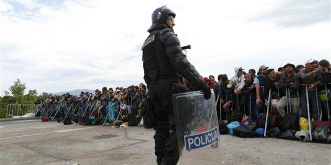policija, izbjeglice