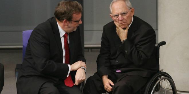 Wolfgang+Schaeuble+Bundestag+Debates+2013+IbThUL3gtqpl[1]