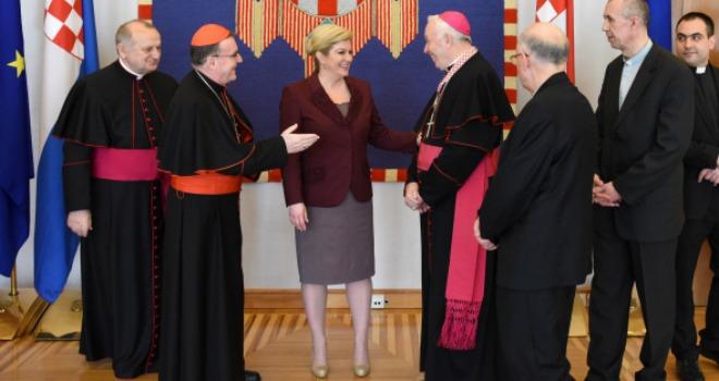 kolinda, biskupi 2