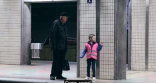 djeca razveselila djeda