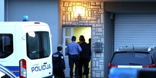 policija uhićenje 122