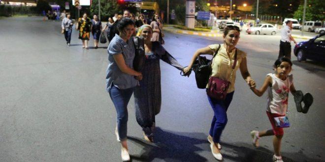 istambul, terorizam,  žene bježe