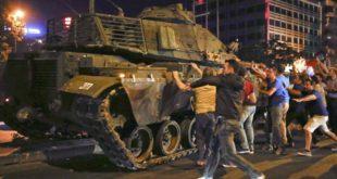 Turska-vojni20udar[1] TENKK