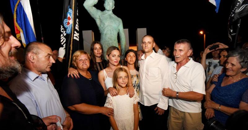 miro_baresić spomenik