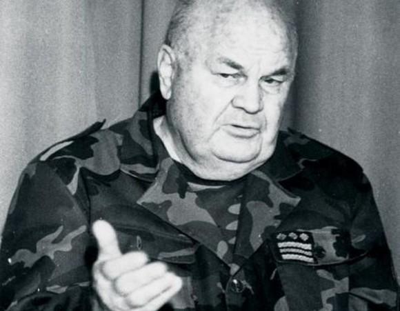 Slobodan Praljak 1996 >> Simboličan čin zahvale: Dvorane MORH-a imenovane po velikanima Domovinskog rata