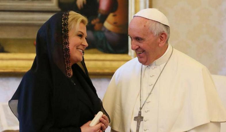 Papa Franjo komentirao Kolindu: 'Hrvatska predsjednica je pravi general!'