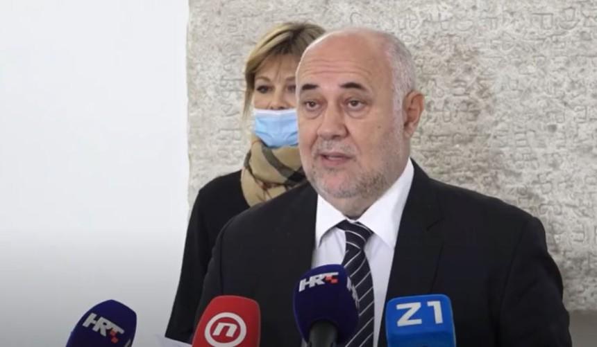 Vrkljan pisao Krausu: Pitajte Pupovca tko napada Židove u Hrvatskoj