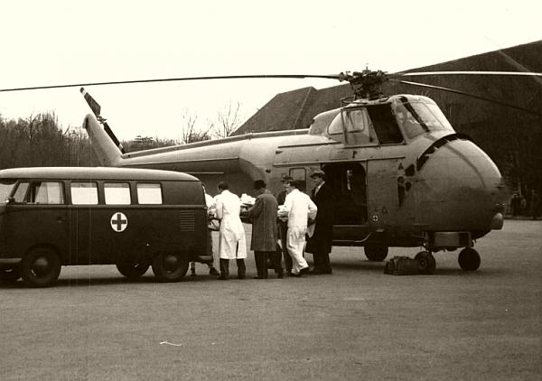 Helikopterom S-55 je upravljao pilot austrijskog Bundesheera, Gustav Hauck